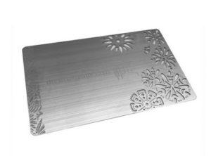 card-rfid-in-metallo